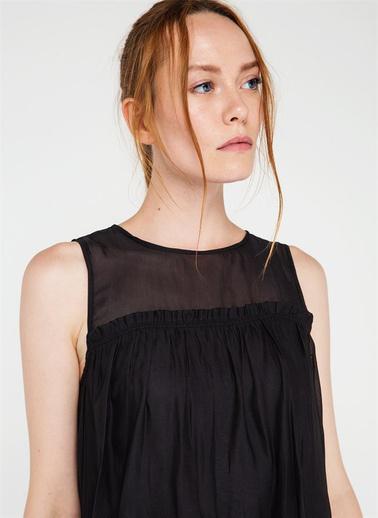 Rue Omuz Pencereli Volanlı Bluz Siyah